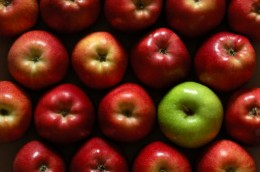 apples-red-and-green